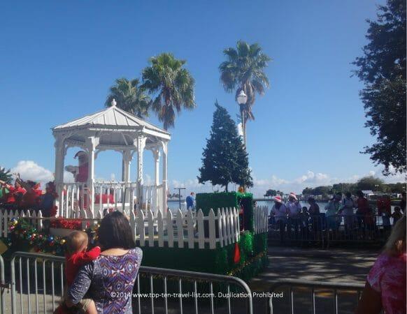 St. Petersburg waterfront Christmas parade