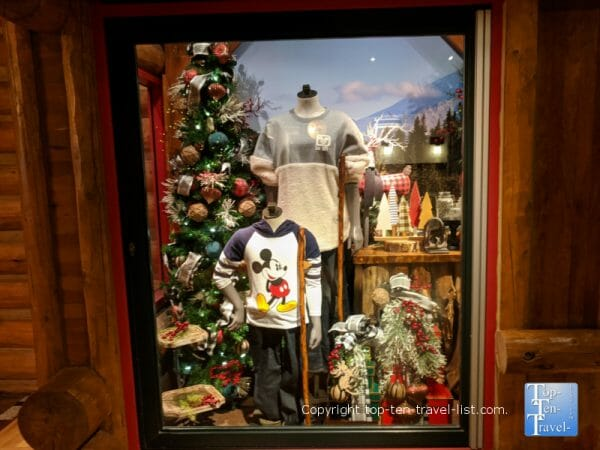 Gift shop at Christmas in Disney's Wilderness Lodge