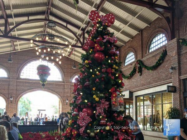 Minnie Christmas tree at Disney Springs