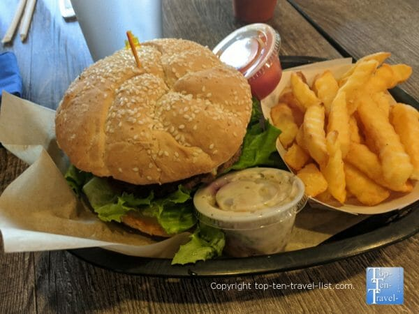 """Vegan """"Wowper"""" at Green Table Cafe in Palm Harbor, Florida"""