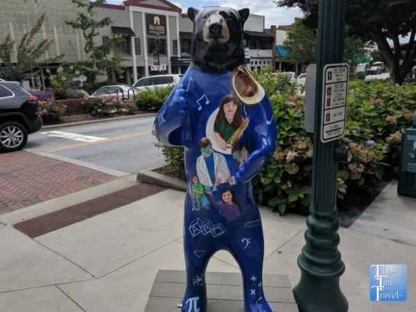 Bear in downtown Hendersonville, North Carolina