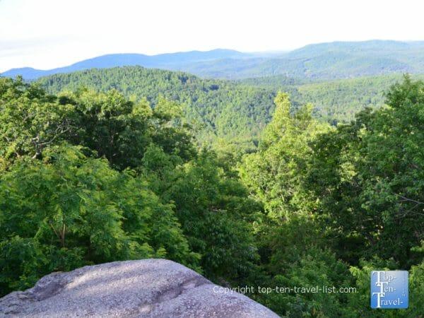 Scenic mountain vista at Jump Off Rock in Hendersonville, North Carolina