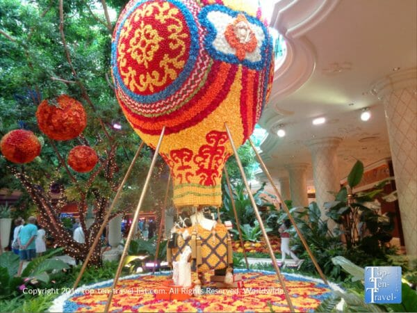 Hot air balloon made of flowers at The Wynn resort in Las Vegas