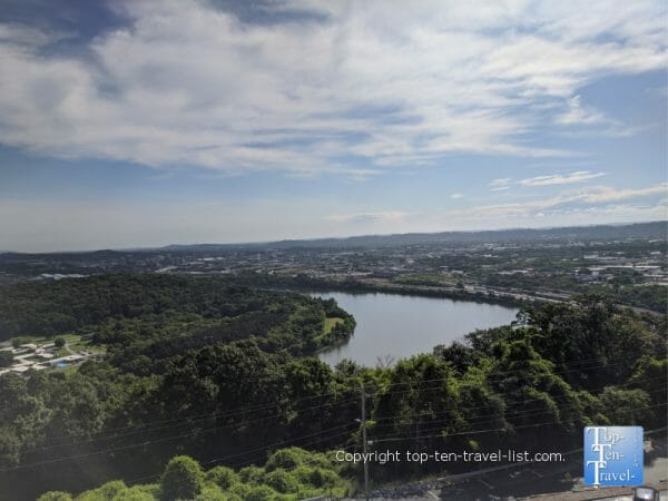 Gorgeous views of the Tennessee River via the Ruby Falls Lookout Tower in Chattanooga, TN