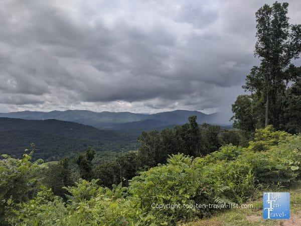Gorgeous mountain scenery at the Tanbark Ridge overlook along the Blue Ridge Parkway near Asheville