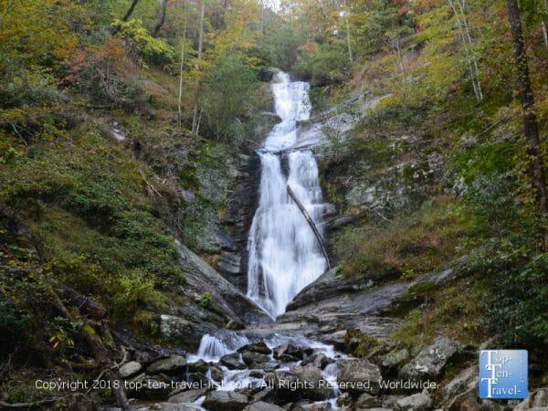 The beautiful Tom's Creek waterfall in Western North Carolina
