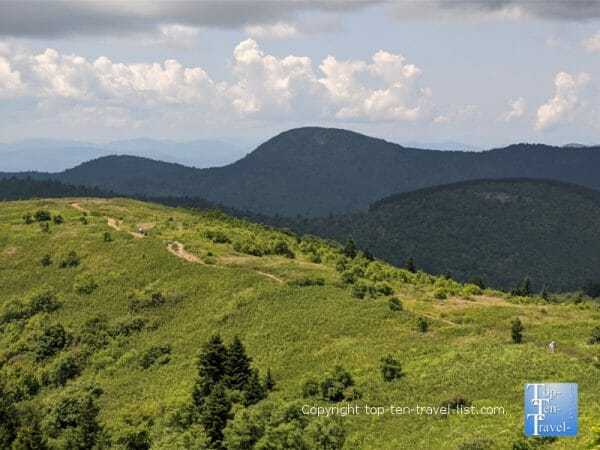 Gorgeous mountain views from the Black Balsam Knob summit in North Carolina