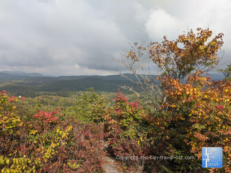 Beautiful fall color scenery via the Flat Rock trail on the Blue Ridge Parkway in North Carolina