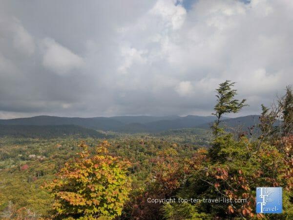 Beautiful mountain overlook via the Flat Rock hike overlook on the Blue Ridge Parkway in North Carolina