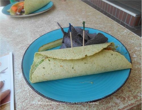 Malia's Cafe Restaurant Preview