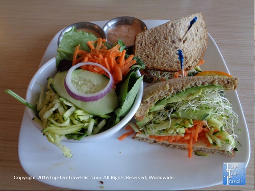 Red Rock Cafe Restaurant Preview
