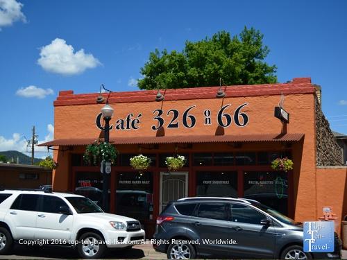 Cafe 326 Restaurant Preview