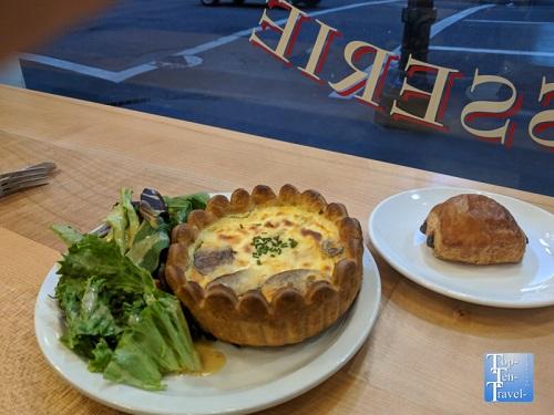 St. Honore Boulangerie Restaurant Preview