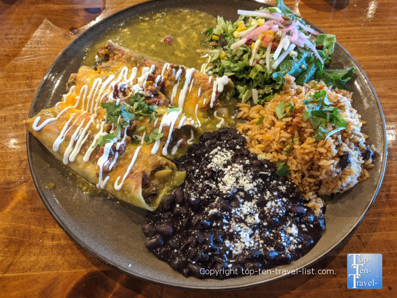 Mekenita Cantina Restaurant Preview