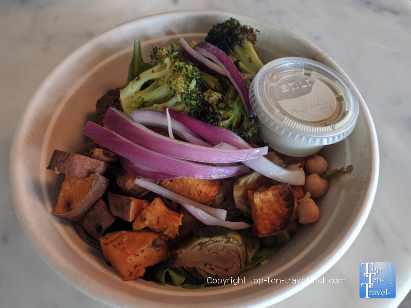 Harvest Bowl Market and Eatery Restaurant Preview