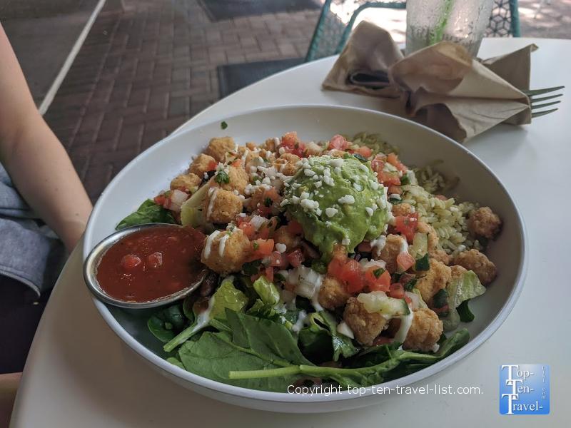 Cali Restaurant Preview