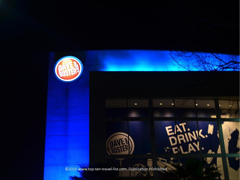 Eat & Play at Dave & Busters